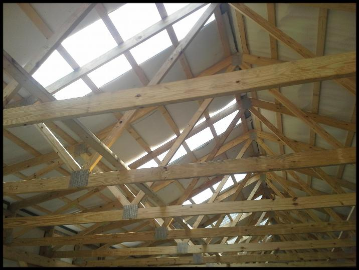 Skylights Along With Roof Trusses Amp Bubble Wrap In A Pole